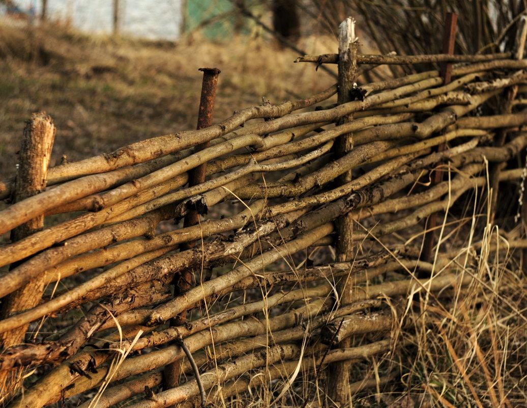 Деревенский забор фото