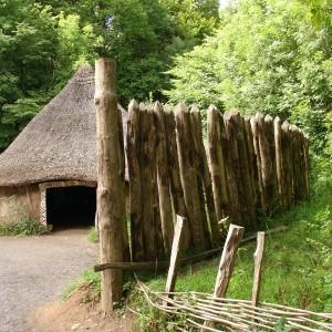St_Fagans_Celtic_village_palisade